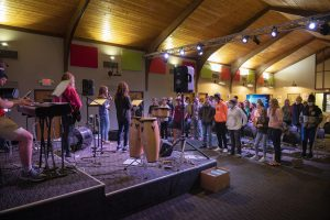 first baptist church mount dora students worship ministry